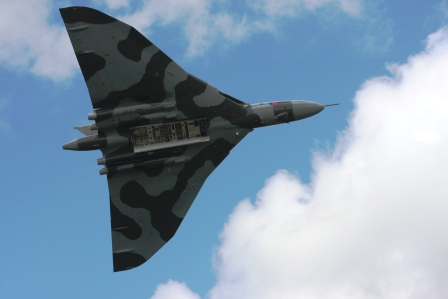 Vulcan Bomber Throckmorton Air Show 2015